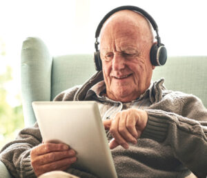 Stuck At Home?  Newly Launched Hub ELearning  For Seniors Facilitates Learning